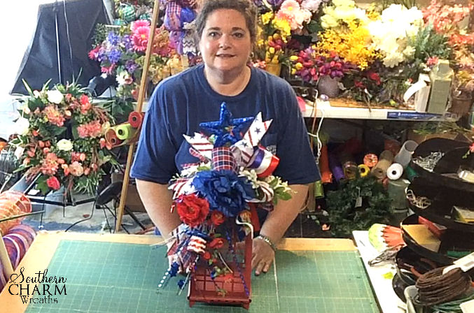 How to Make a Festive Patriotic Lantern Swag by www.southerncharmwreaths.com/blog