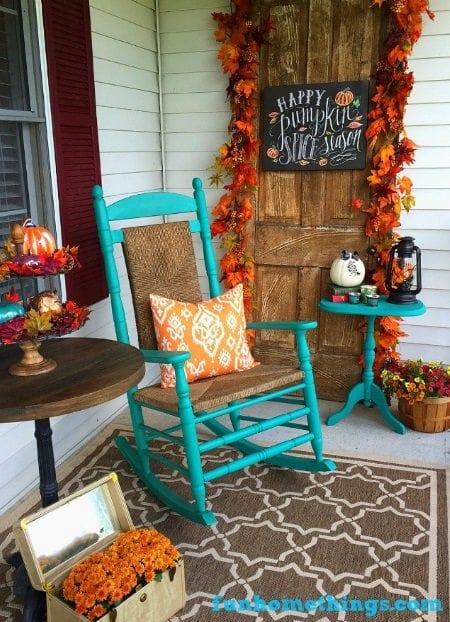 15 Gorgeous Fall Porches to help inspire you for fall decorating.