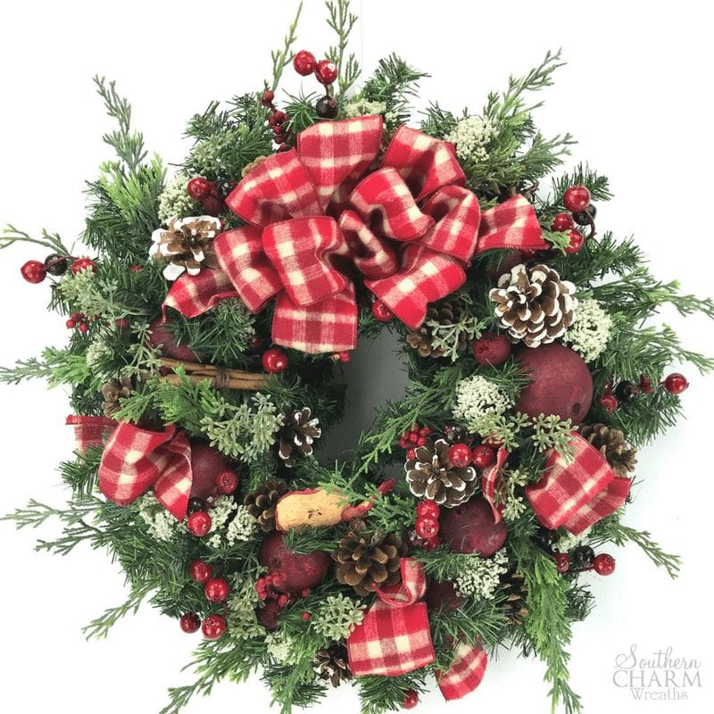 DIY Christmas Potpourri Wreath Tutorial by Southern Charm Wreaths