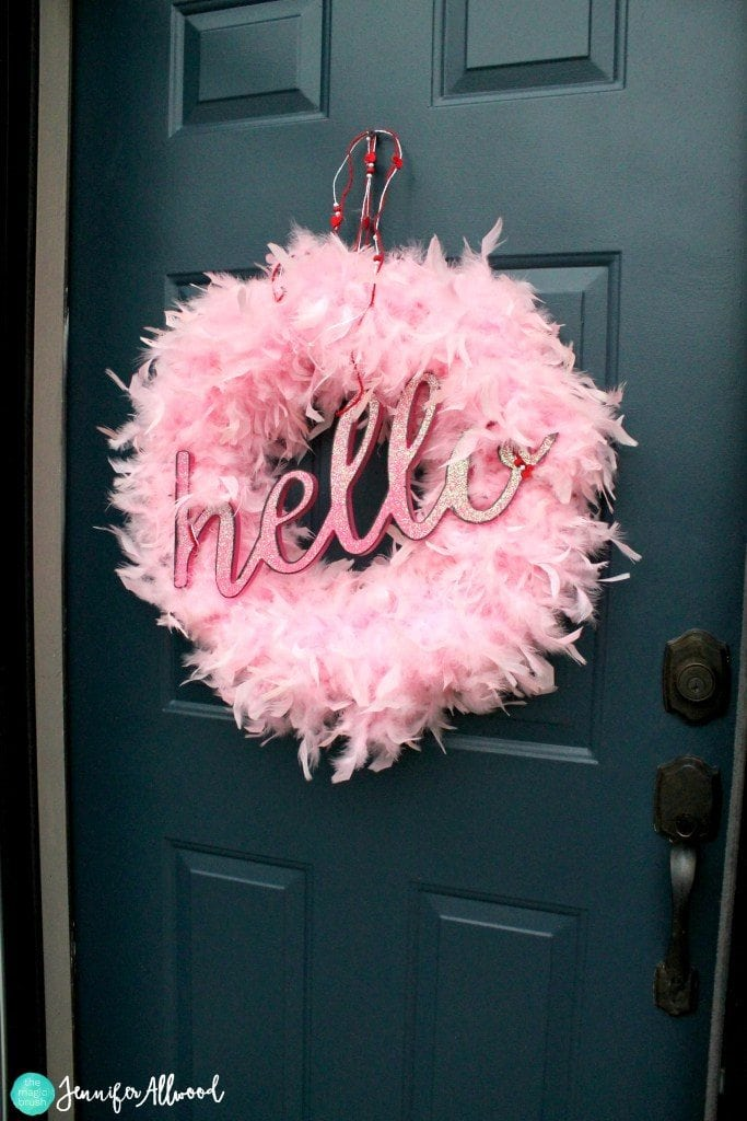 14 Valentine\'s Day DIY Wreath Ideas | Southern Charm Wreaths