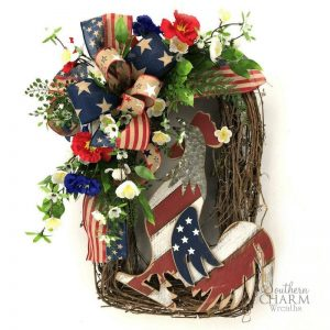 How to make a Rustic Patriotic Rooster Wreath with Rooster