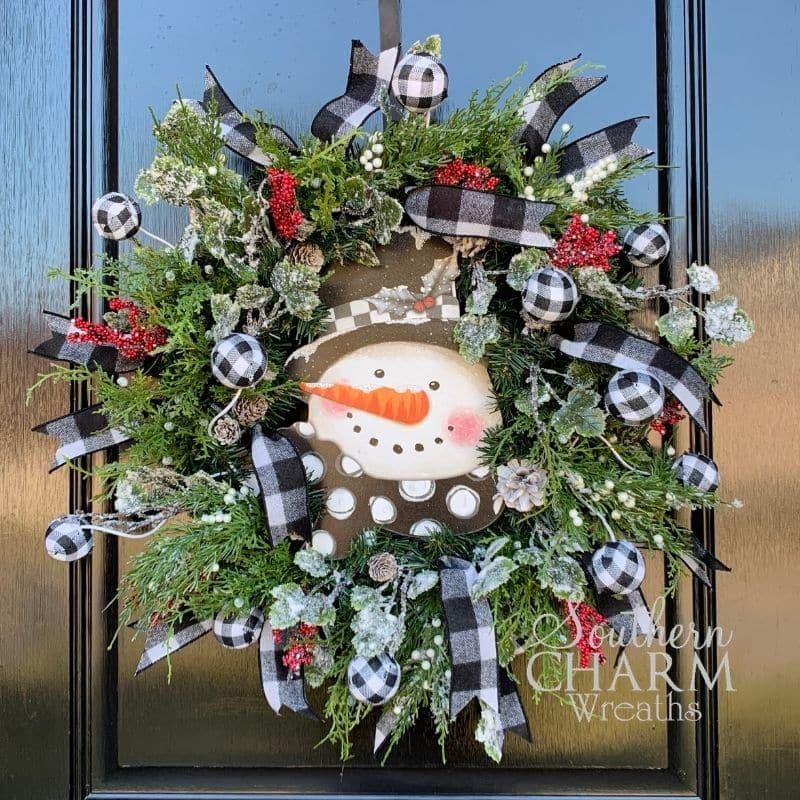 DIY snowman wreath for winter